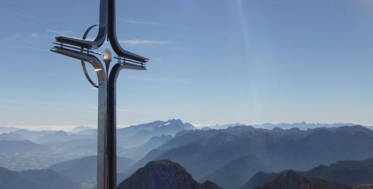 Gipfelkreuz am Hohen Göll © Gipfelfieber.com