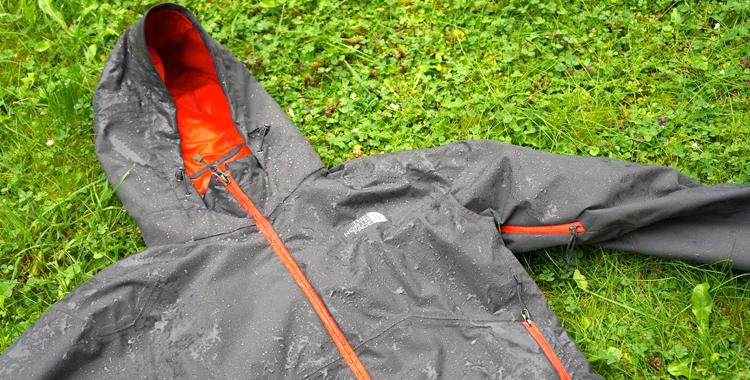 Angezogen: North Face Stratos im Test © Gipfelfieber.com