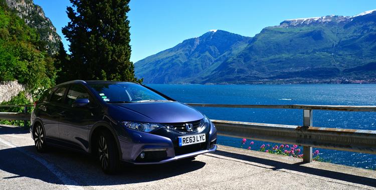 Mit dem Honda Civic Tourer am Gardasee © Gipfelfieber.com