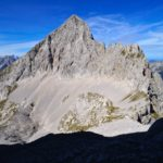 Blick hinunter ins Vogelkar und auf die Vogelkarspitze © Gipfelfieber.com