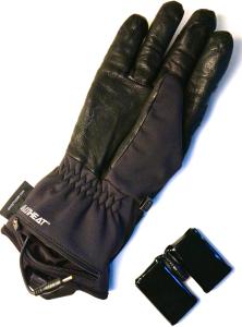 Handschuh, Akkufach und Akku © Gipfelfieber.com