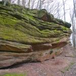 Die ersten Felsen lässt man noch links liegen © Gipfelfieber.com