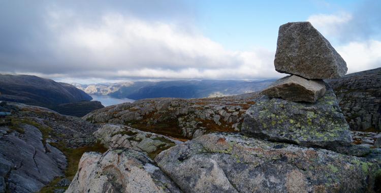 Von Fjorden, Steinen, Trollen und 4.444 Stufen © Gipfelfieber.com