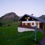 Reuttener Hütte im ersten Licht © Gipfelfieber.com